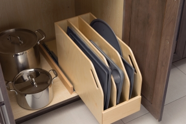 cookware-tray-divider-pull-out