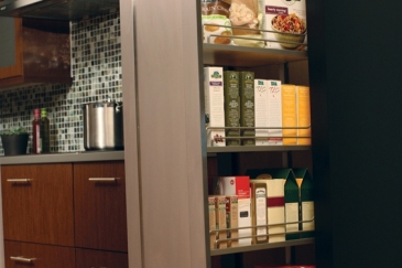 pantry-tall-glides