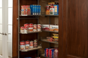 pantry-tall-organization-2