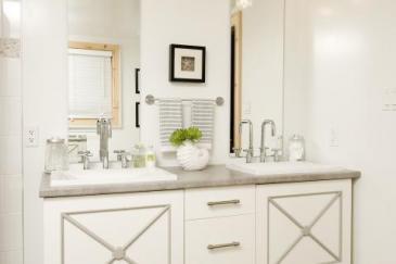 Double vanity bathroom remodeling in Key Largo, FL