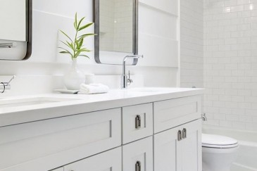 Modern bathroom remodeling in Miami