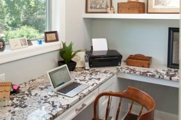 desk-built-in