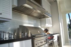 Grill backsplash and outdoor cabinets