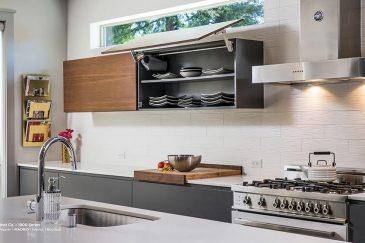 Custom  kitchen cabinets in Miami, FL home