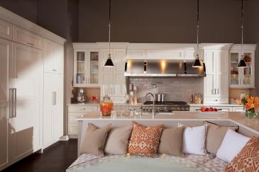 Kitchen design in Key Largo overlooking living space