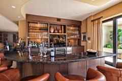 Wine Cellar & Bars