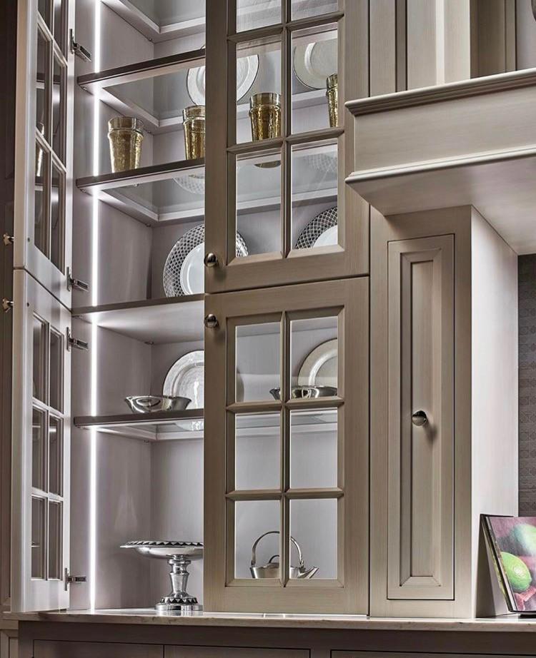 Kitchen cabinet design in Miami