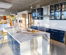 Custom kitchen cabinets in Pinecrest, FL and kitchen design for Miami and surrounding areas