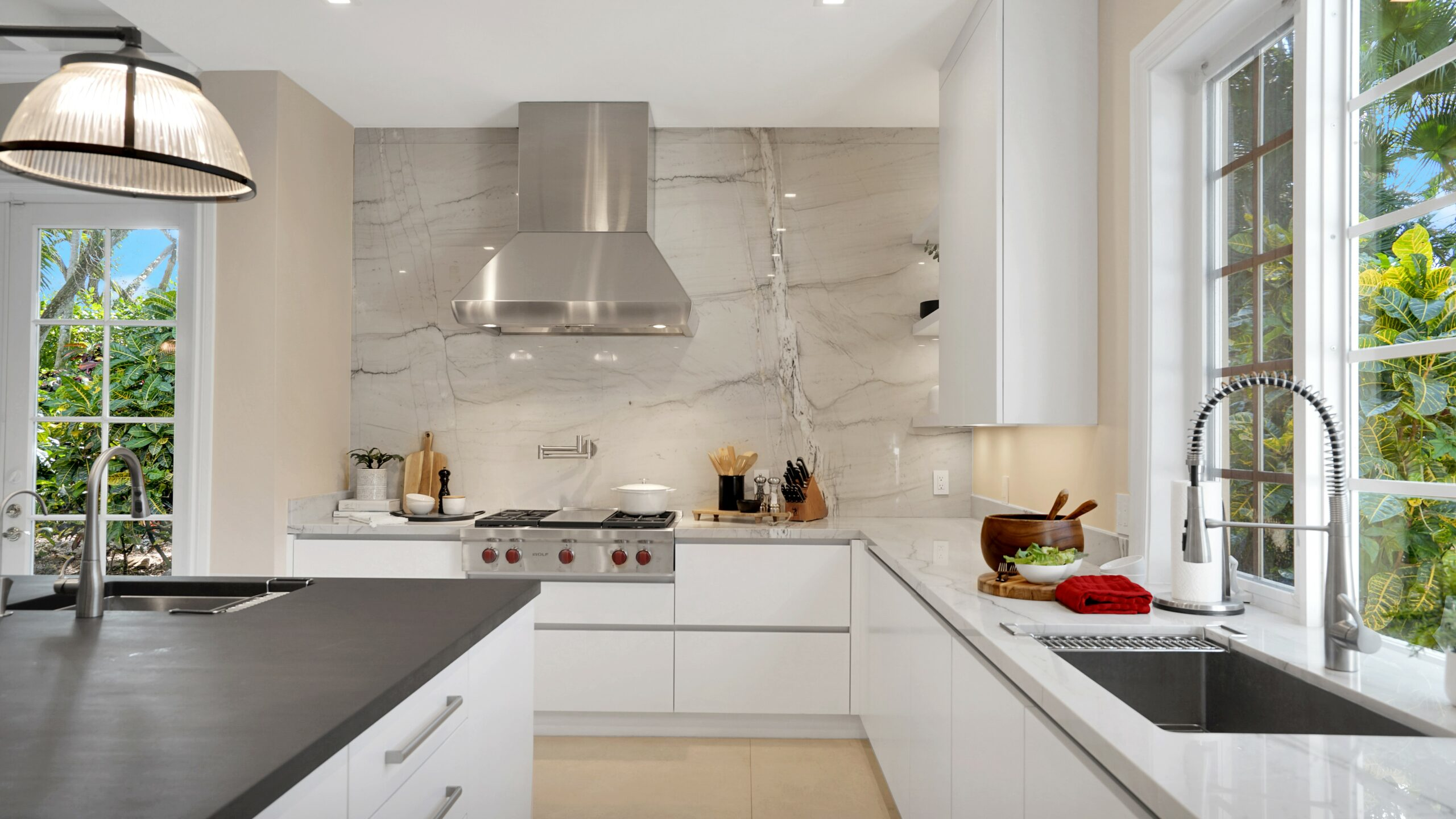 Kitchen Cabinets in Pinecrest, Palmetto Bay, Coral Gables, Ocean Reef, Miami, and Key Largo